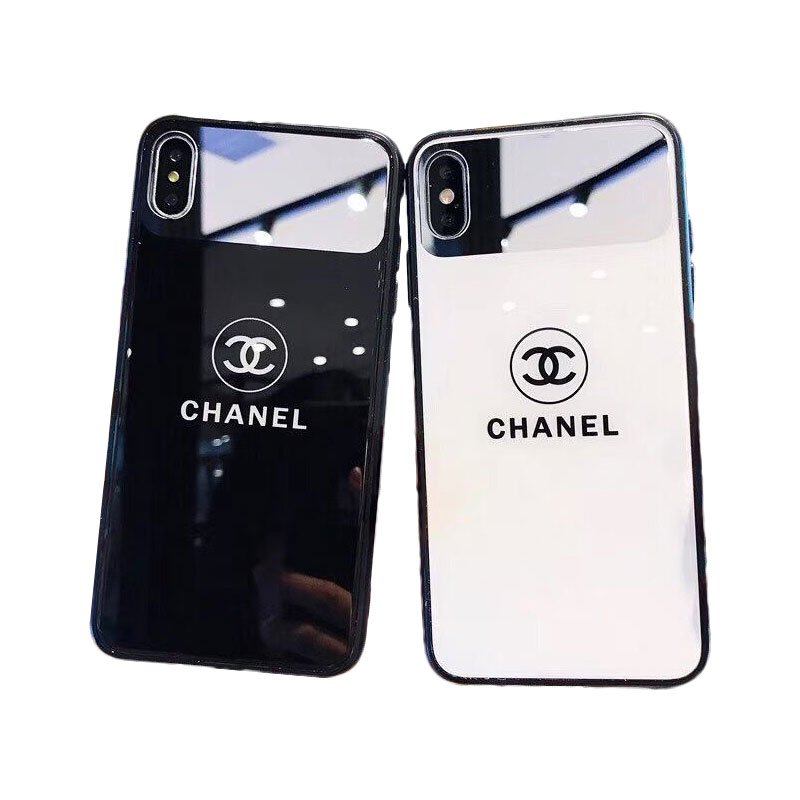 CHANEL(シャネル) CCロゴ iPhone 11 Pro Max、11 Pro、11、XS Max、XS、XR、X、7/8、7/8 Plus、6/6s、6/6s Plus ケース 2色