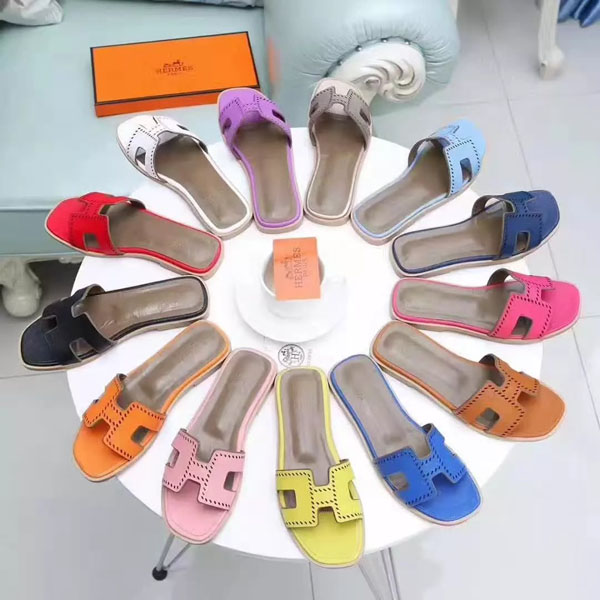 2018 Hermes Classic Ladies Slippers 12 Color