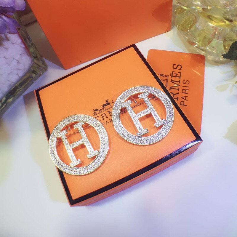 Hermes Women's Diamond Brooch with Classical Logo  2 Color