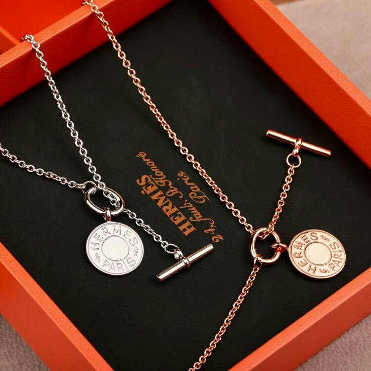 Hermes Alphabet Botton Necklace Pendant Necklace 2 Color