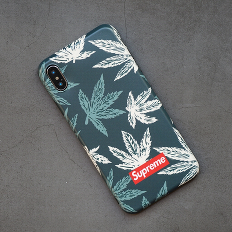 Supreme(シュプリーム) iPhone XR 、X、XS、XS Max ケース 葉